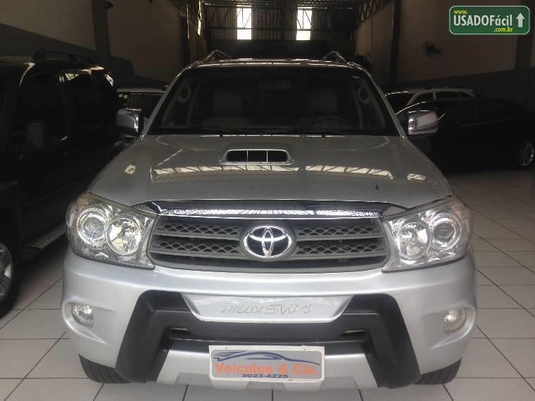 Veículo à venda: hilux sw4 srv 4x4 automático 7 lugares