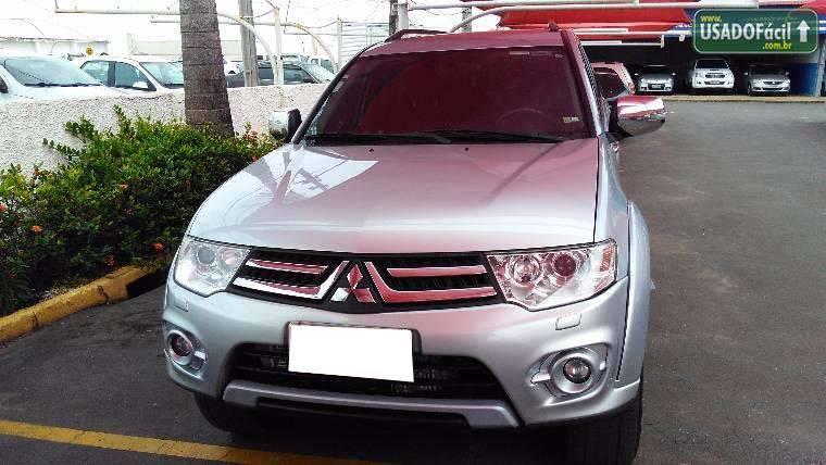 Veículo à venda: pajero dakar hpe 7 lugares